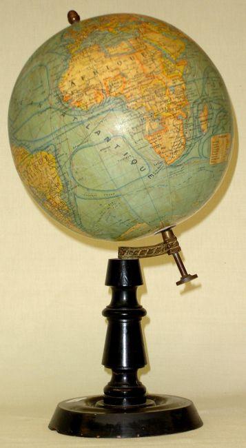 antique globe globe terrestre. Black Bedroom Furniture Sets. Home Design Ideas